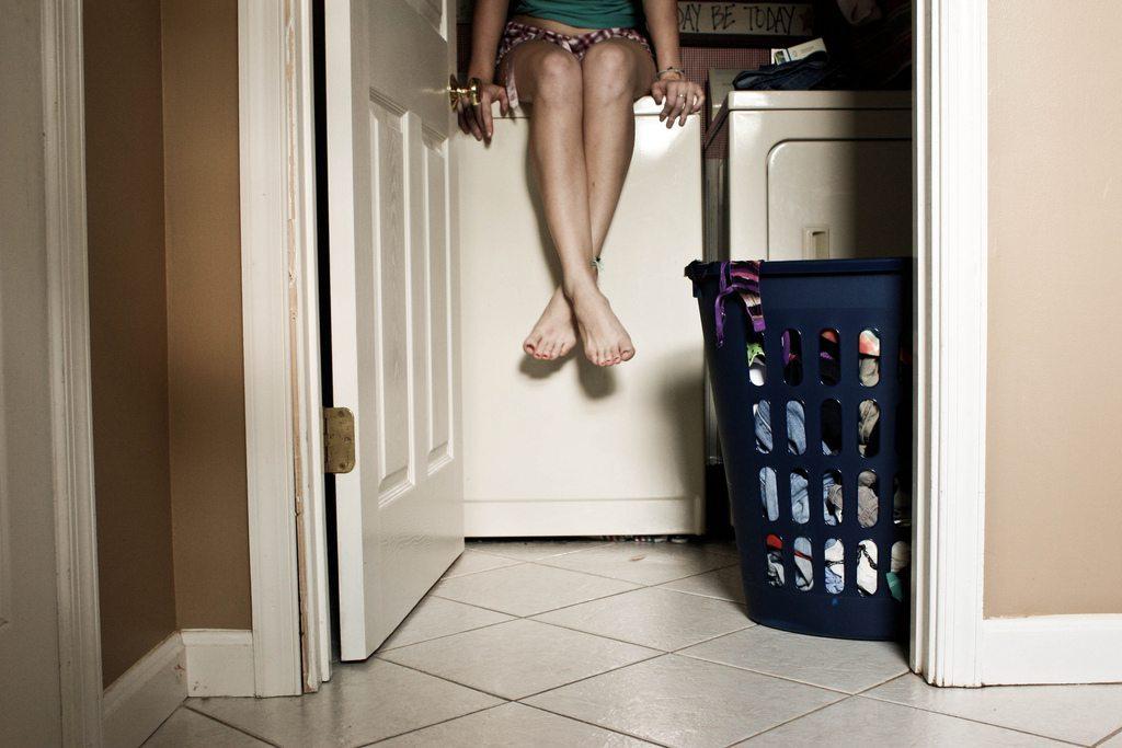 Laundry Room Etiquette Rules | Surviving College
